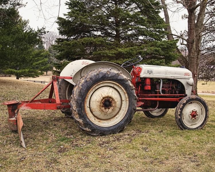 Czy warto kupować używane części do maszyn rolniczych?
