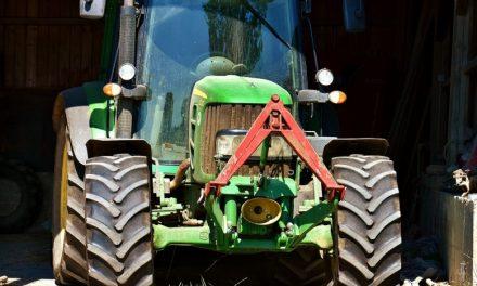 Jak dobrać opony rolnicze?