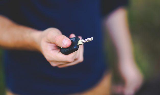 Jak kupić używane auto bez ryzyka?