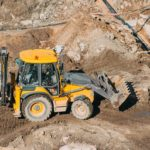 Części maszyn budowlanych najbardziej narażone na uszkodzenia