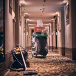 Odkurzacz przemysłowy bezworkowy – zalety i zastosowanie